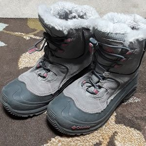Girls Columbia snow boots